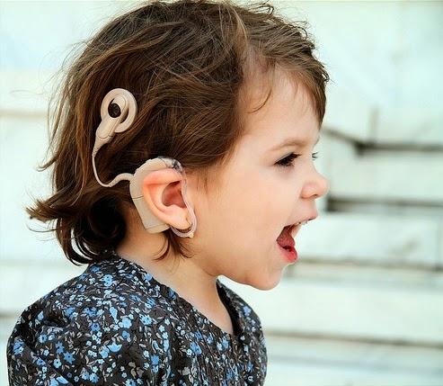o-que-e-deficiencia-auditiva-surdez